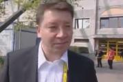 """Klassikkovideo: Jussi Saarinen ja """"Tseneral mänizer"""" Jari Kurri"""