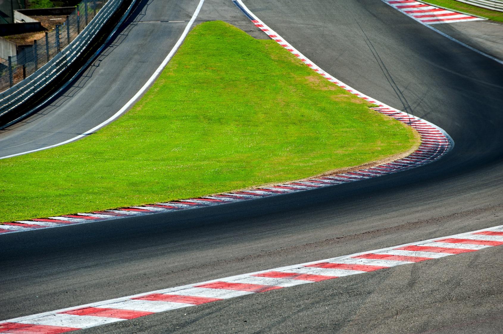 Räikkönen sekä Bottas hyvistä asetelmista huomiseen kilpailuun
