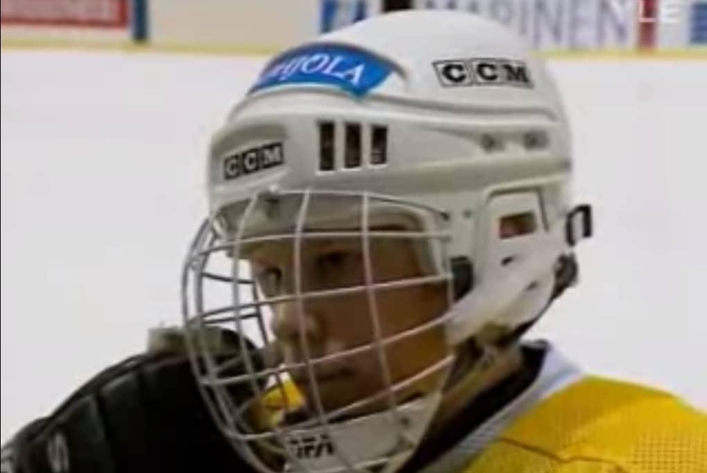 Klassikkovideo: 13-vuotias Mikko Koivu haastattelussa Pohjola-leirillä