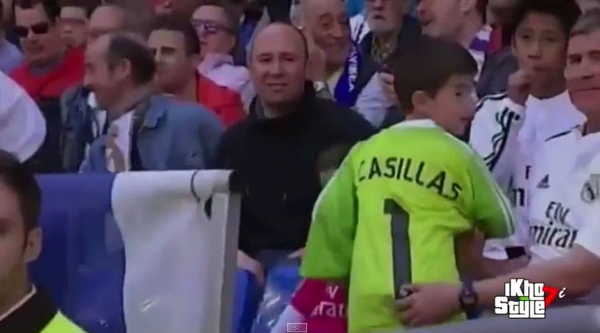 Video: Iker Casillakselta upea teko - antoi pelipaitansa loukkaantuneelle pikkupojalle