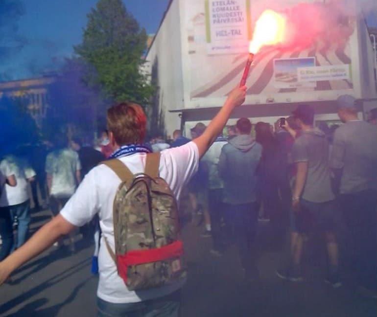 Kisaturistin pelipäivä: soihtu paloi marssilla - Huuhkajat-peli putkassa!
