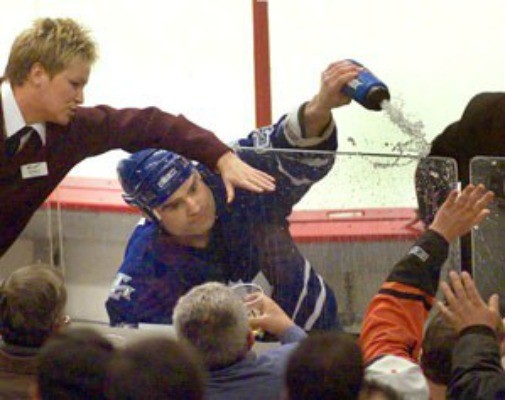 tie domi fight fan | Pallomeri.net