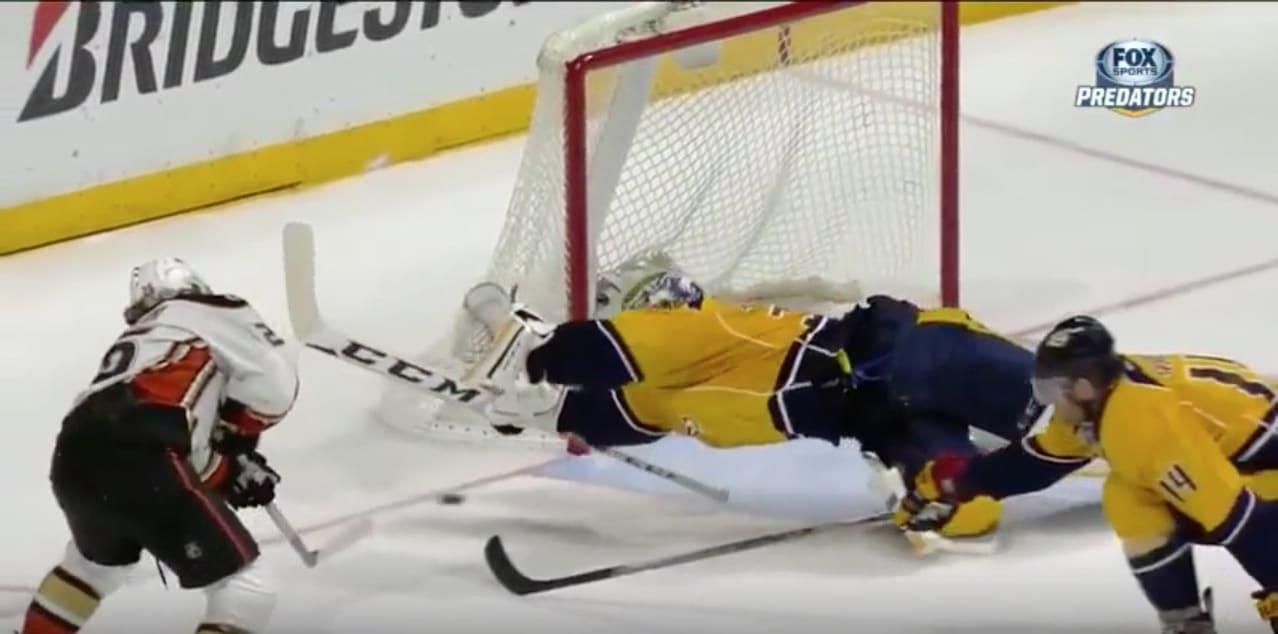 Pekka Rinne Nashville NHL / Pallomeri.net
