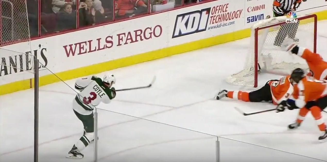 Video: Michal Neuvirth otti yhden NHL-kauden huimimmista torjunnoista