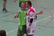 Klassikkovideo: Vastustaja antaa pusun – italialaiskäsipalloilijan kasetti hajoaa täysin
