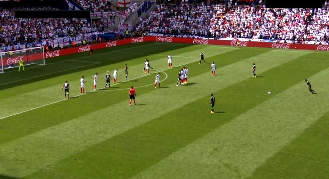 Gareth Bale vapaapotku Englanti-Wales - Pallomeri.net