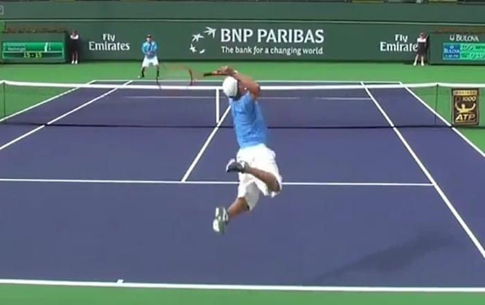 Brian Battistone syotto serve ATP tennis - Pallomeri.net