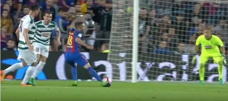 Barcelonan Jordi Alba esitti hävyttömän filmauksen – tuomari vihelsi rankkarin