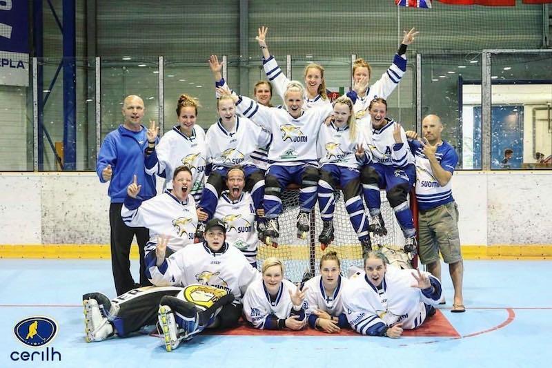 Suomi voitti historian ensimmäisen EM-mitalin naisten rullakiekossa