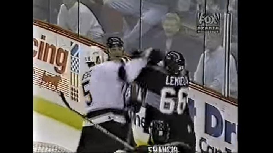 Klassikkovideo: Aki Berg ja Mario Lemieux myllyttivät vuonna 1997
