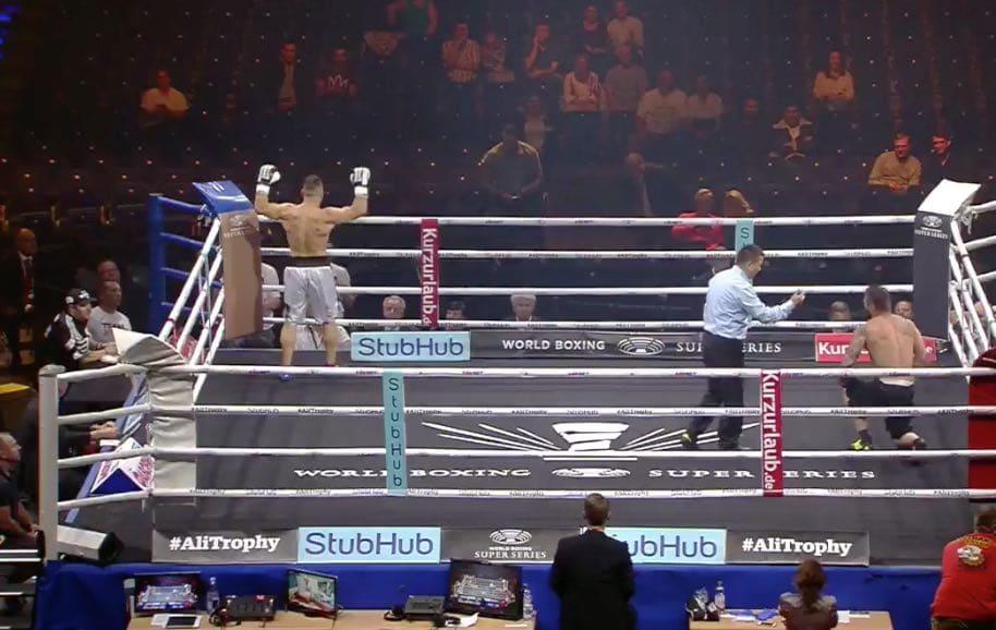 Klassikkovideo: Berliinin nyrkkeilyillassa uskomaton suoritus – tyrmäys ensimmäisellä lyönnillä