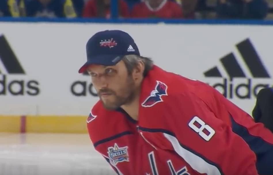 NHL Aleksandr Ovetshkin Alexander Ovechkin / Pallomeri.net