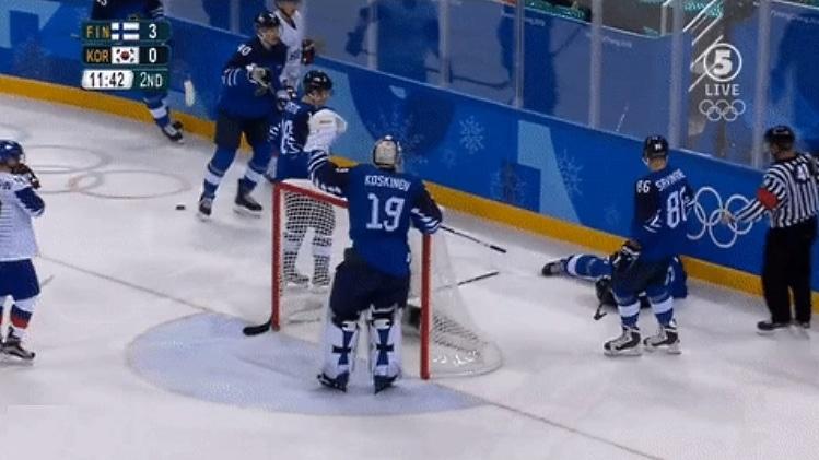 Video: Lasse Kukkonen uhrautui - blokkasi vedon naamallaan