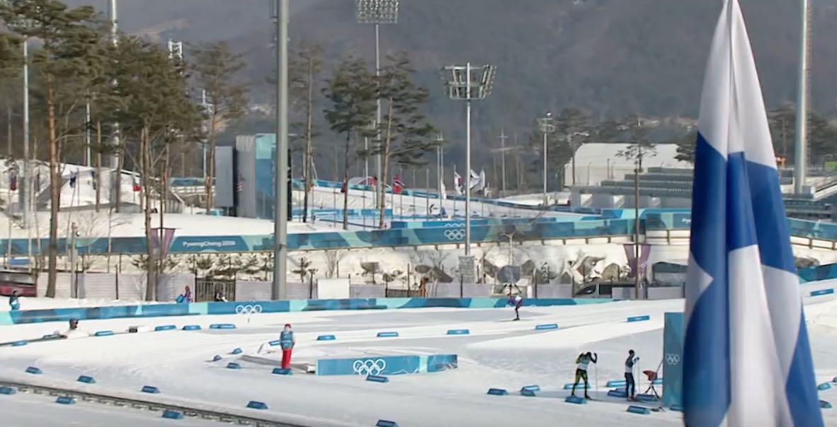 Eveliina Piippo hiihti huikealla tavalla MM-hopealle hiihdon nuorten MM-kisoissa!