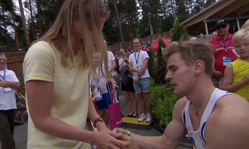 Video: Elmo Lakka voitti ennätyksellään SM-kultaa – kosi maalissa tyttöystäväänsä