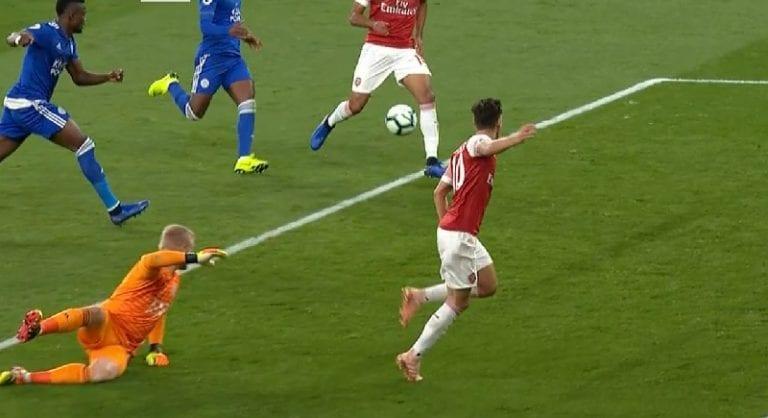 Video: Arsenal tehtaili maagisen osuman Leicesteriä vastaan