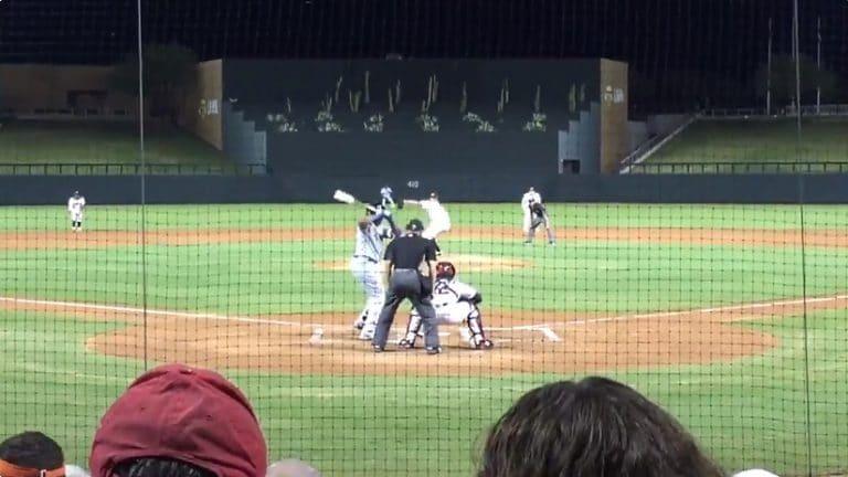 Video: Hurja tilanne baseball-matsissa – lyönti suoraan syöttäjää päähän