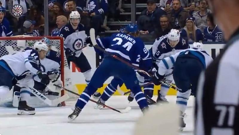 Video: Kasperi Kapanen tälläsi voittomaalin Winnipegiä vastaan