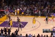 Video: LeBron James upotti huikean tasoituksen 3 sekuntia ennen loppua