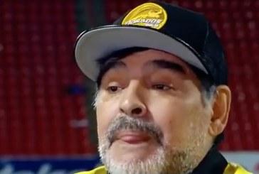 """Diego Maradona tylytti Lionel Messiä – """"Hän käy 20 kertaa vessassa ennen peliä"""""""