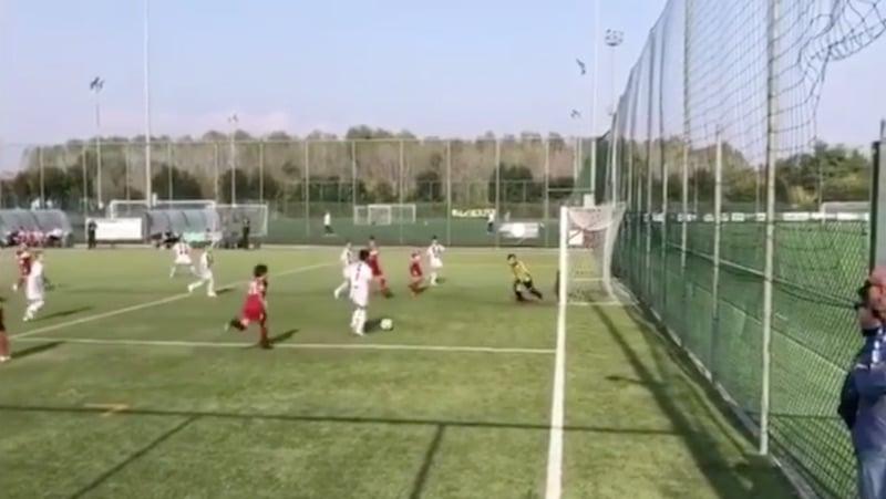 Video: Cristiano Ronaldon poika dominoi täydellisesti Juventuksen juniorijoukkueessa