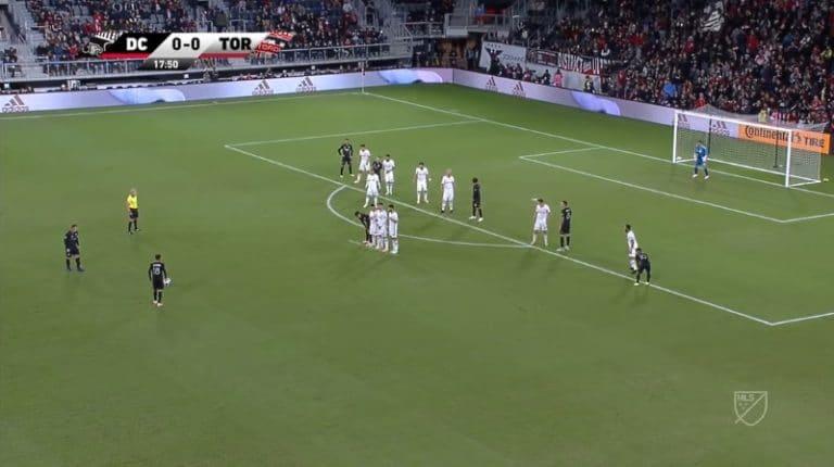 Video: Wayne Rooney tykitti jumalaisen vaparimaalin MLS:ssä
