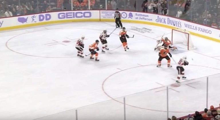 Video: Huima osuma! Matt Duchene lätkäisi kiekon ilmasta sisään