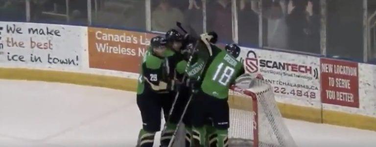 Video: Maalivahti iski maalin Kanadan juniorisarja WHL:ssä
