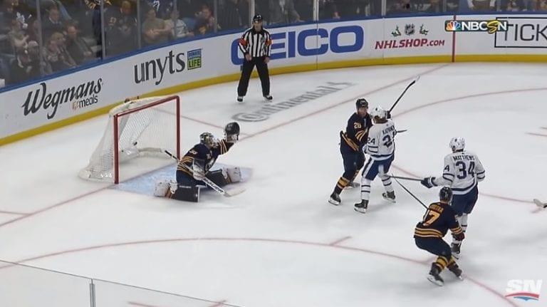 Video: Kapanen-Matthews-kaksikko ratkoi ottelun 2 sekuntia ennen jatkoajan päättymistä