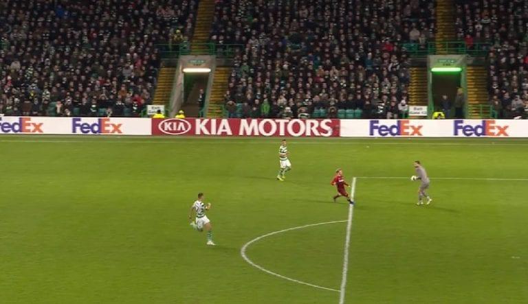 Video: Celtic-veskarilta karmea kämmi – tarjoili Salzburgille voittomaalin