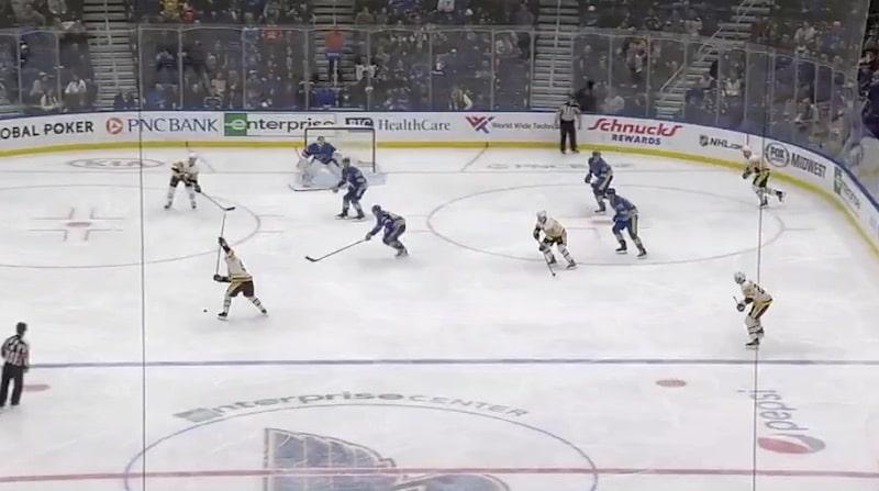 Video: Juuso Riikola laukoi NHL-uransa ensimmäisen osuman