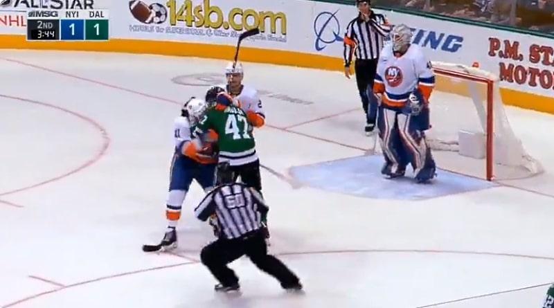 Video: Ärsyttäjä-Komarov iski – Alexander Radulov raivon partaalla