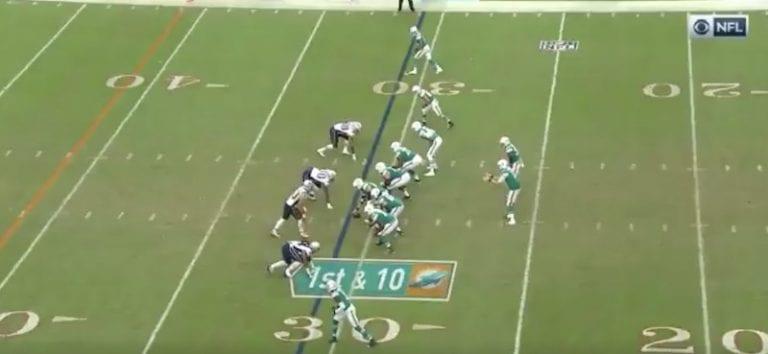 Video: Miami Dolphins teki viimeisellä sekunnilla täysin uskomattoman touchdownin