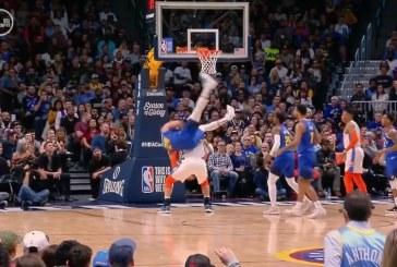 """Video: NBA-pelurilta huikeaa epäitsekkyyttä – """"pelasti vastustajan"""" korin kustannuksella"""