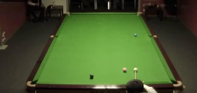 Video: Kiinalainen snookerpelaaja sössi voiton käsittämättömällä tavalla
