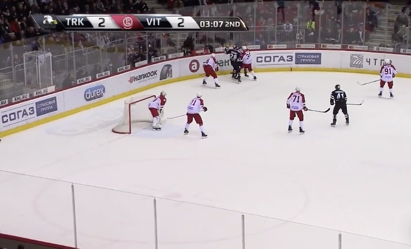 Video: Nyt on koomista! Vitjazin Joni Ortio teki hämmentävän voittomaalin KHL:ssä