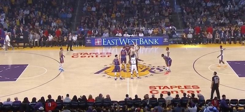 Video: Lakersin pelissä uskomatonta sähellystä – onko tässä NBA-historian surkeimmat 30 sekuntia?
