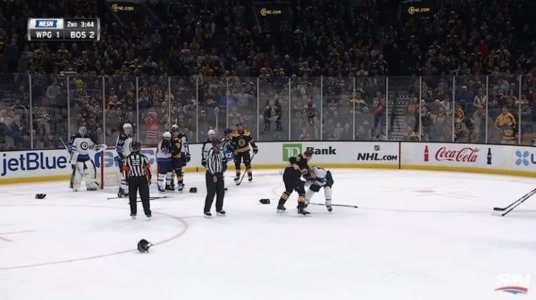 Video: Trent Frederic sai NHL-debyyttinsä – myllytti Brandon Tanevin täysin jäänrakoon