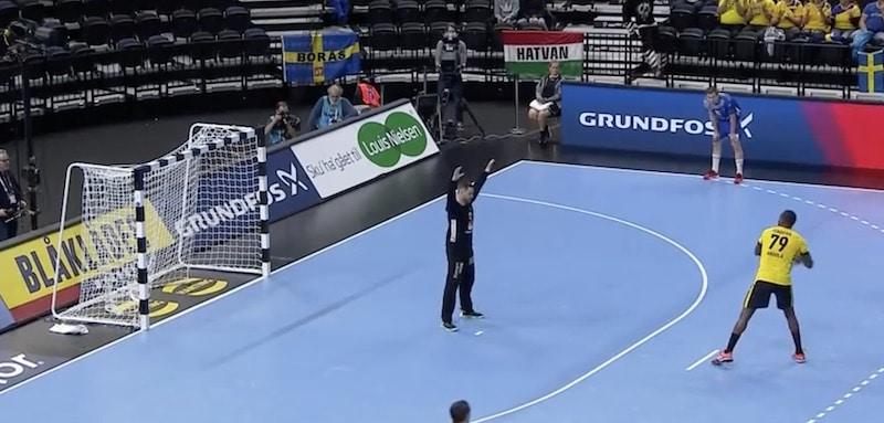 Video: Käsipallon MM-kisoissa nähtiin jäätävä rankkarimaali – tästä ei kierre enää parane