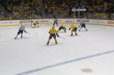 Video: Pekka Rinne venyi upeaan torjuntaan ja nollasi Mark Scheifelen