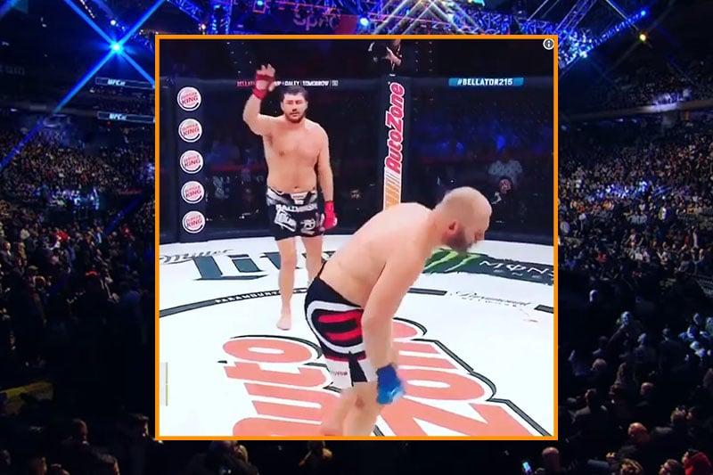 Video: Hurja potku säkeille - MMA-matsi keskeytyi 15 sekunnin jälkeen
