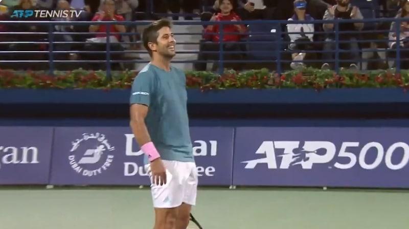 Video: Fernando Verdasco esitteli kauden koomisimman syöttömokan Roger Federeriä vastaan
