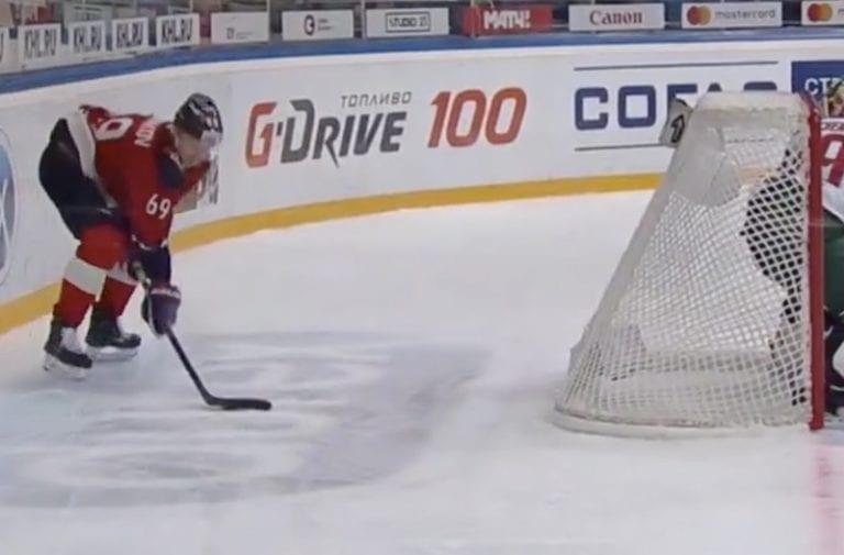 Video: KHL:n pudotuspeleissä nähtiin aivan jäätävän komea osuma