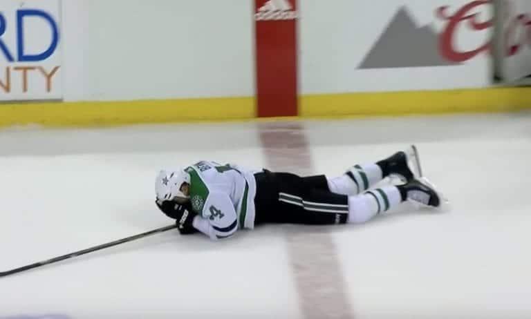 Video: Linjatuomari löi Stars-tähti Jamie Benniä kuonoon NHL:ssä