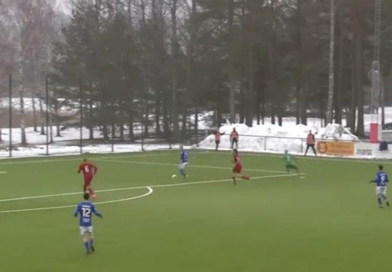 Video: Ruotsin Cupissa nähtiin eeppinen moka – onko taustalla sopupeliä?