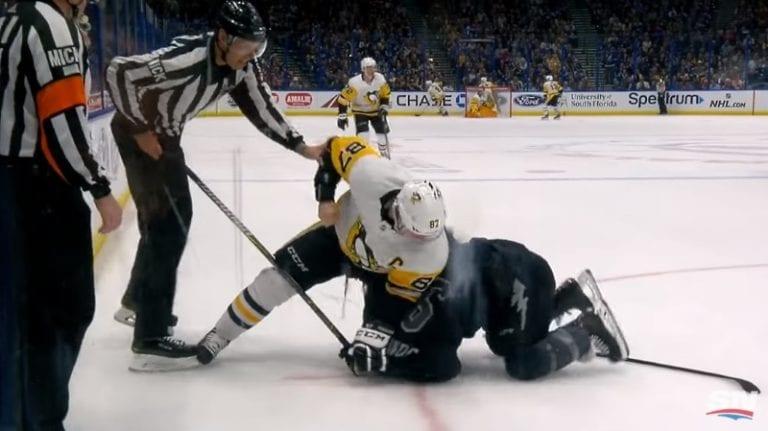 """Video: Tunteet kuumenivat Tampassa – myös Sidney Crosby """"myllytti"""""""