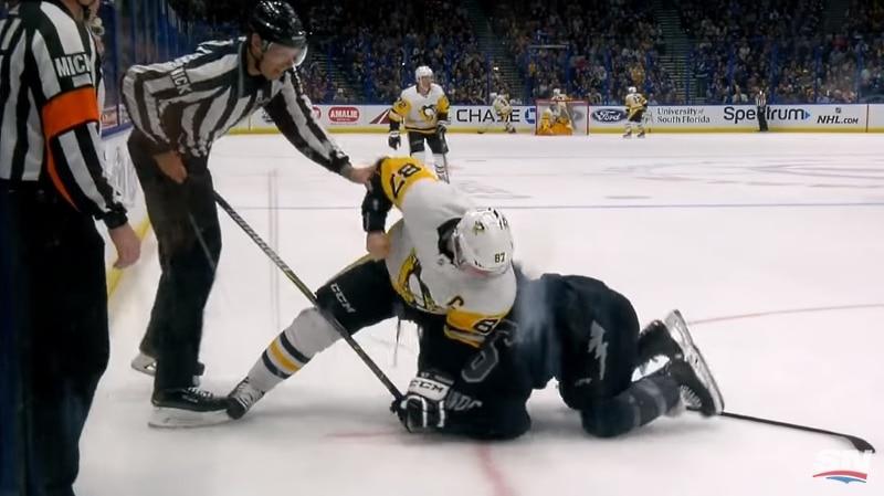Video: Tunteet kuumenivat Tampassa - myös Sidney Crosby