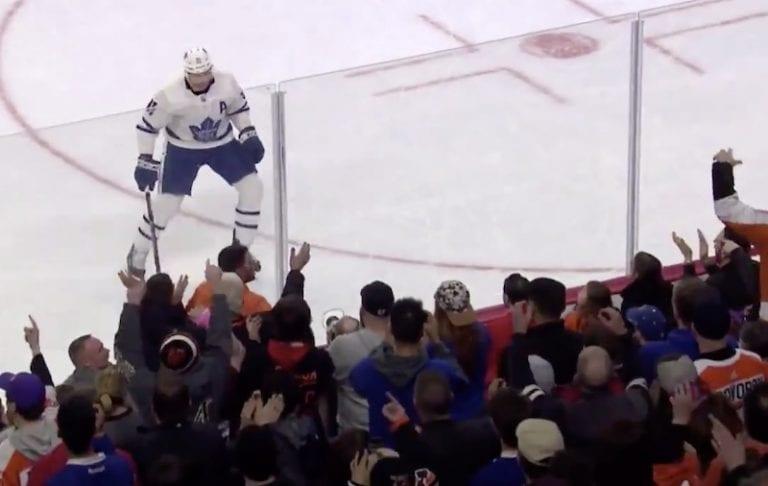 Video: John Tavares esitteli NHL-kauden surkeimman rankkarin