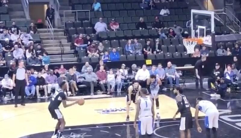 Video: NBA:n farmiliiga tarjosi koomisia hetkiä – kaikkien aikojen surkein vapaaheitto?
