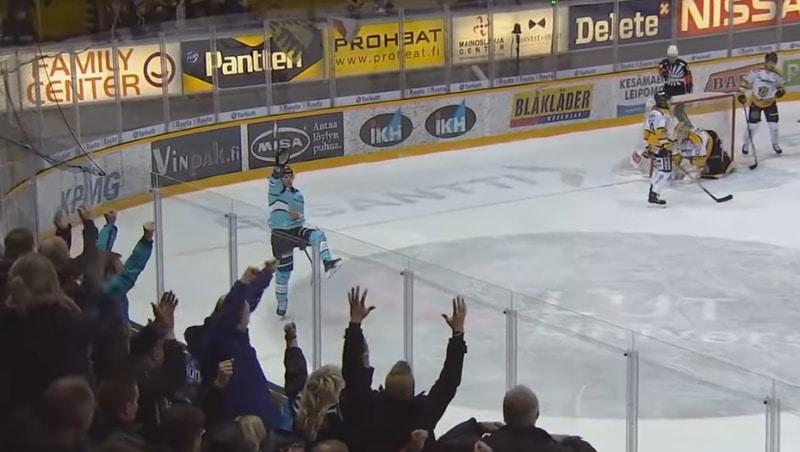 Oliwer Kaski valittiin Liigan runkosarjan parhaaksi pelaajaksi